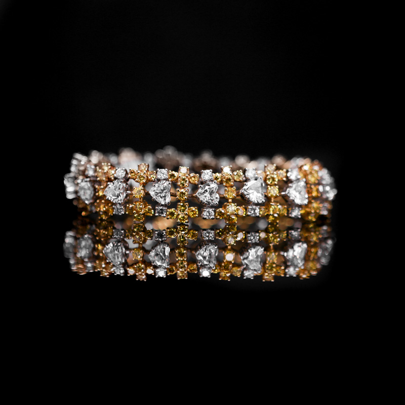 GRAFF HEART SHAPE & YELLOW DIAMOND BRACELET